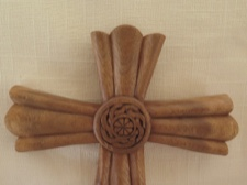 Kinrossie Celtic Cross Handcarved Raintree Wood