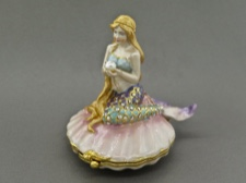 Enamel Box - Mermaid with Austrian Crystals