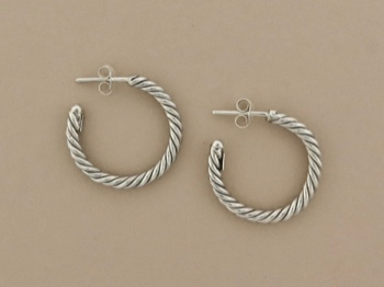 Sterling Twist Hoop